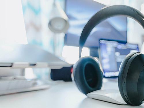 Online-Meeting-Headset